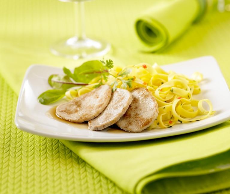 Emincés de veau sauce basilic